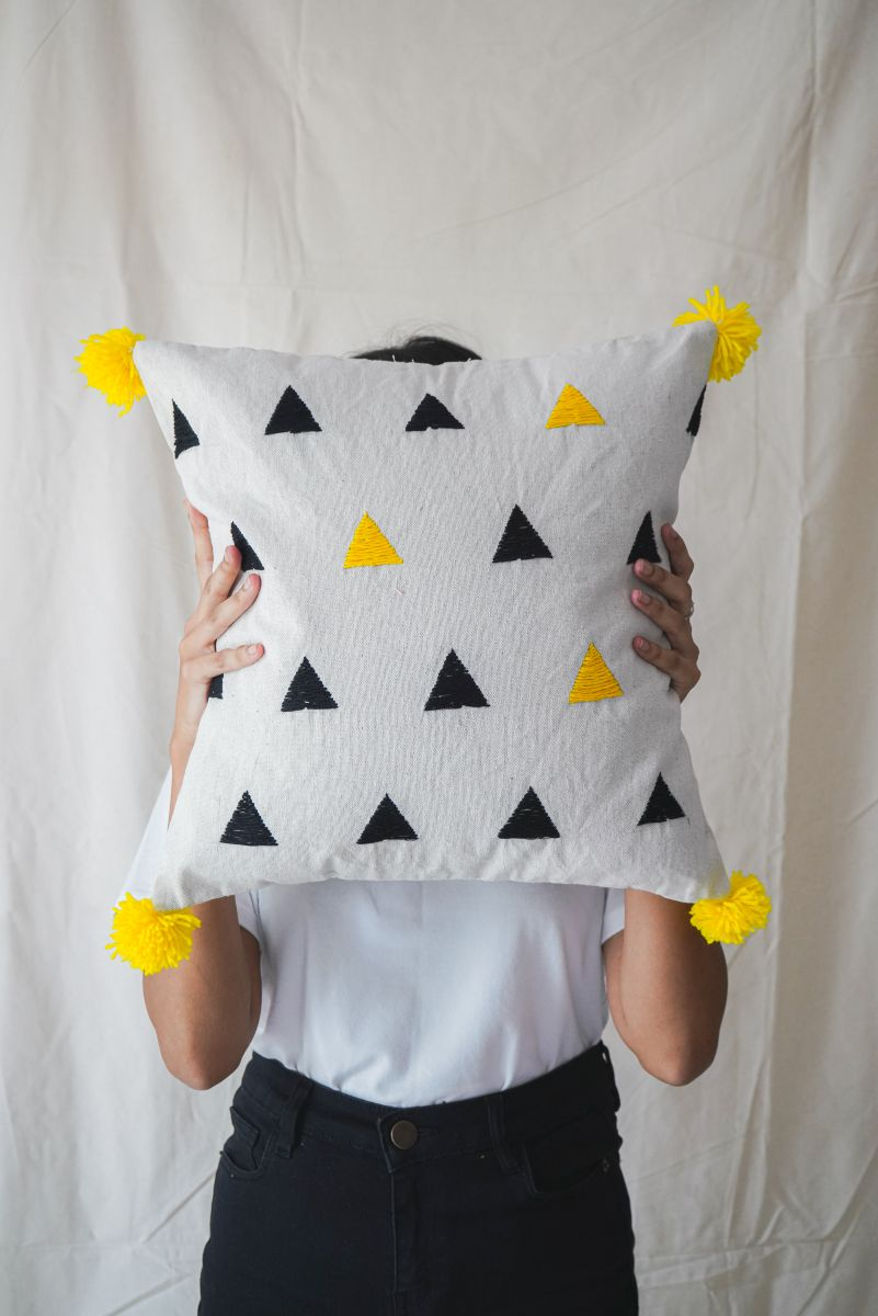 Cushion Cover Black Yellow Triangles